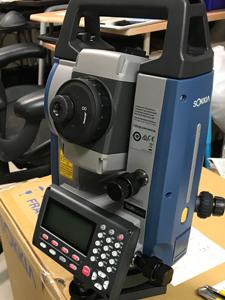 クリーニング済 測量機器